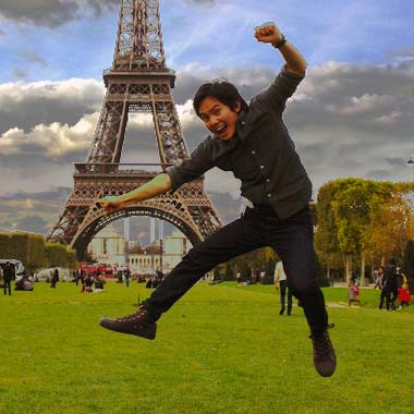 Jumping at the Eiffel Tower because there's nothing better to do!